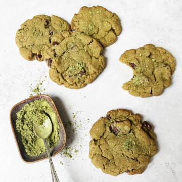 Chewy Matcha Cookies